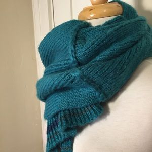 Teal blue knit scarf